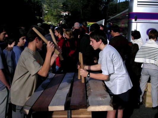 Aiherra Antzuola 20 urte - 20041029-30 (31)