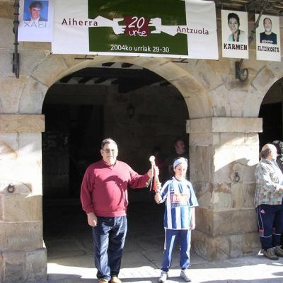 Aiherra Antzuola 20 urte - 20041029-30 (37)
